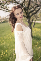 Portrait of a young woman wearing white dress - VTF000258
