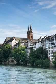 Switzerland, Basel, Cityscape with River Rhine and Minster - ELF001032