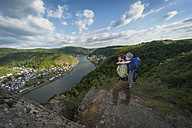 Germany, Rhineland-Palatinate, Moselsteig, father and his little son looking at view - PA000693