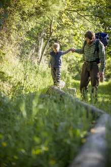 Germany, Rhineland-Palatinate, Moselsteig, father and his little son hiking - PA000705