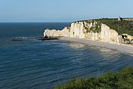 France, Normandie, Etretat, view to Porte d'Amont - JBF000137