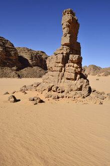 Africa, Algeria, Sahara, Tassili N'Ajjer National Park, Tadrart, Rocky landscape in Immourouden area - ES001173