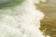 Australia, New South Wales, Pottsville, close-up of breaking waves - SHF001342