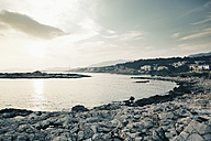 Spain, Majorca, Santa Ponca, evening at the coast - MEM000177