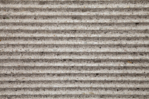 Germany, Ribbed stone slab - WIF000768
