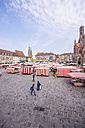Germany, Bavaria, Nuremberg, view to market place with market stalls - THAF000496