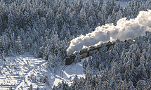 Germany, Saxony-Anhalt, Harz National Park, Brocken, Harz Narrow Gauge Railway in winter - PVC000011