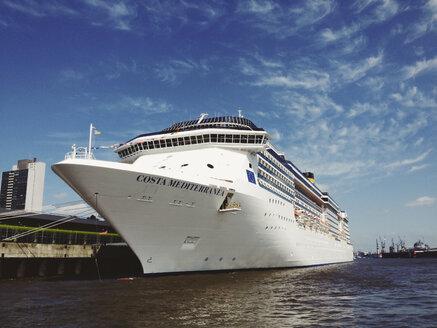 Cruise ship Costa Mediterranea, moorage, Hamburg Cruise Center Alrona, Germany - SE000723