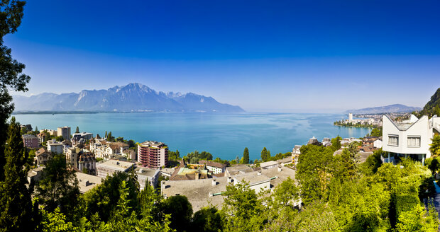 Switzerland, Canton Vaud, Montreux, Lake Geneva, Villa - AMF002407