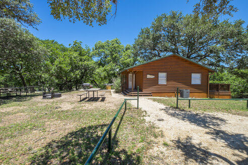 USA, Texas, Log home cabin - ABAF001356