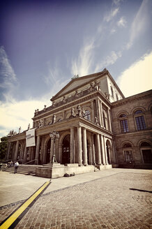 Germany, Lower Saxony, Hannover, State opera - HOHF000874