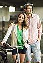 Portrait of young couple - UUF001060