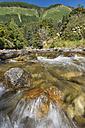 New Zealand, Nelson, Maitai Valley, water streaming over rocks in the Maitai River - SHF001432