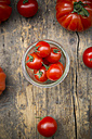 Different tomatoes, Oxheart tomatoes, Cherry tomatoes and Bunch tomatoes - LVF001465