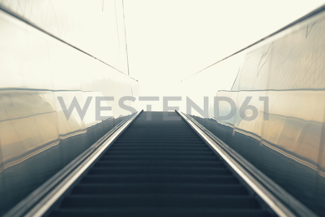 Germany, Hamburg, St. Pauli, moving stairs of underground station Hafencity - MSF004051