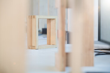 Piece of wood in a carpentry - FKCF000020