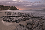 New Zealand, South Island, asman, Kahurangi Point, dusk at the beach - SHF001518