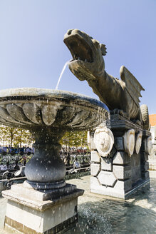 Austria, Carinthia, Klagenfurt, view to lindworm fountain - MBEF001063