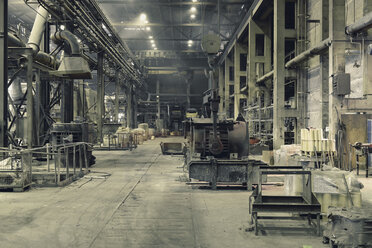 Interior of a foundry - LYF000133