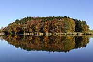 Germany, Bavaria, Upper Bavaria, Muensing, Degerndorf, Pond Sonderham - LHF000352