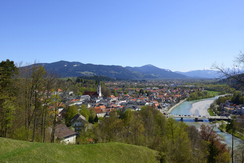 Germany, Bavaria, Upper Bavaria, View from Calvary hill to Bad Toelz and Isar river - LHF000358