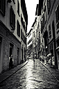 Italy, Tuscany, Florence, narrow street on a rainy day - SBD000936