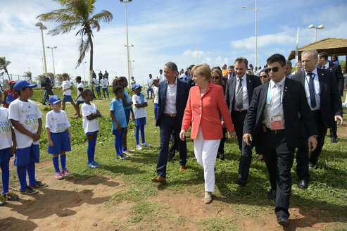 Brazil, Salvador da Bahia, Chancellor Merkel visiting social project of the GIZ along the Fifa World Cup - FLK000370