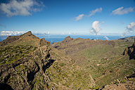 Spain, Canary Islands, Tenerife, Teno Mountains, Barranco de Masca, View to village Masca - WGF000336