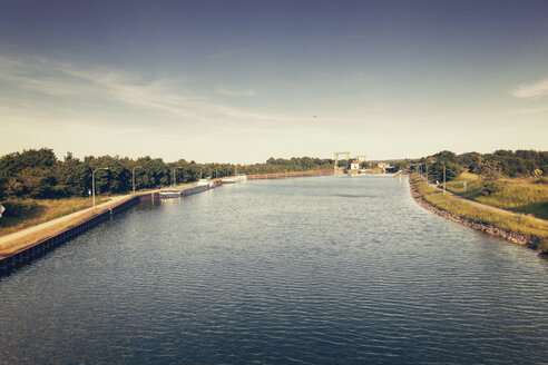 Germany, North Rhine-Westphalia, Flaesheim, Wesel-Datteln Canal with watergate - MEMF000284