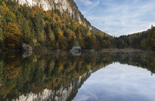 Austria, Tyrol, Kramsach, Berglsteiner See - MKFF000002