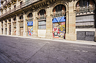 Spain, Barcelona, Sant Pere, graffitis at building - THAF000521
