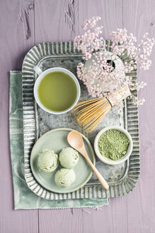 Green tea icecream, matcha tea, Chasen tea whisk and flower - ECF000678