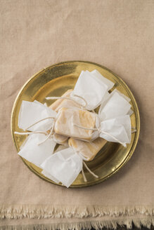 Homemade toffees in wrapping paper - ECF000710