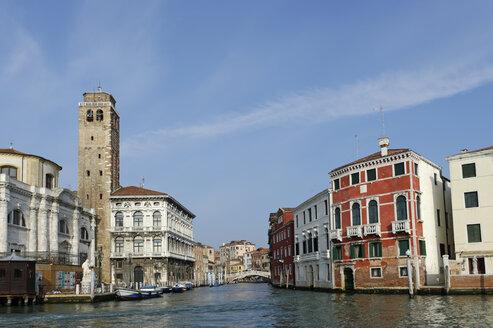 Italy, Veneto, Venice, Cannaregio quarter, Church San Geremia with the Canale di Cannaregio from the  Canale Grande - LB000773
