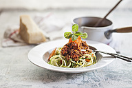 Zoodles, Spaghetti made from Zucchini, with bolognese sauce - SBDF001015