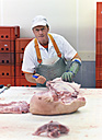 Processing of pig carcasses in a slaughterhouse - LYF000208
