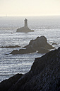 France, Bretagne, Finistere, Pointe du Raz, Lighthouse - DHL000462