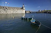 France, Bretagne, Finistere, Concarneau, Ville close and boats - DHL000473