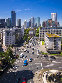 Germany, Hesse, Frankfurt, View to financial district with Commerzbank tower, , Taunusturm, Japan Tower, Helaba, Westend Tower, Deutsche Bank and Opera Tower - AMF002553