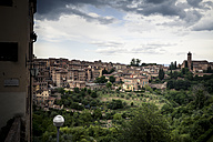 Italy, Tuscany, Siena, view over the city - SBDF001037