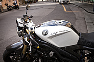 Italy, Tuscany, Pisa, motor bike - SBD001071
