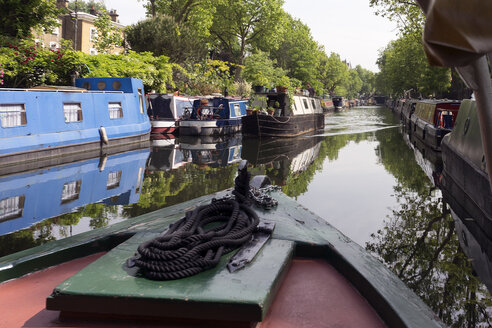 UK, London, Little Venice, view to houseboats at Regent's Canal - WEF000188