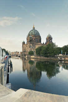 Germany, Berlin, view to Berlin Cathedral reflecting at Spree River - MEMF000339