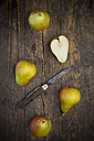 Organic pears, Trout pears, Pyrus Communis - LVF001678