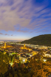 Germany, Baden-Wuerttemberg, Heidelberg, View to Old town, City view in the evening - WDF002562