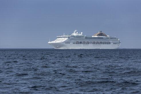 Spain, Andalusia, Tarifa, Strait of Giraltar, Cruise liner - KB000086