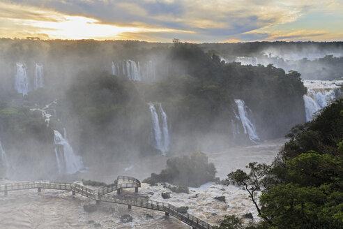 South America, Brazil, Parana, Iguazu National Park, Iguazu Falls in the evening - FO006662
