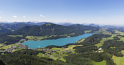 Austria, Salzburg State, Salzkammergut, Fuschl am See, View to Lake Fuschlsee and Filbing Mountain, Panorama - SIEF005731