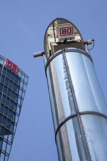 Germany, Berlin, logo of Deutsche Bahn reflecting on light tube - WI000936