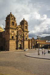 South America, Peru, Cusco, View of the jesuit church La Compania de Jesus - KRPF000703